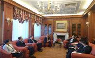 景省长会见乌拉尔矿业集团代表
